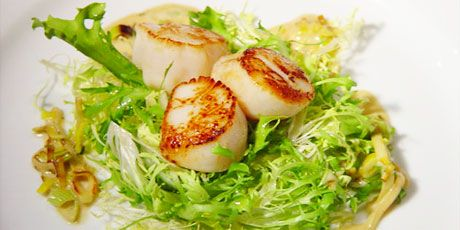 Pan Seared Scallops with Leek and Tarragon Creme (note to self reserve ...