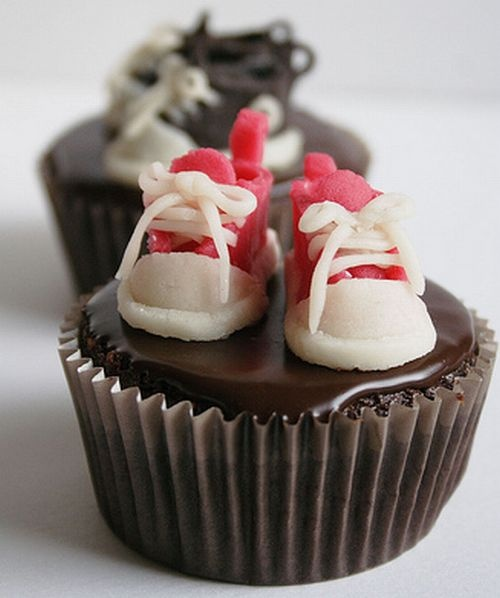 1000+ Ideas About Converse Cake On Pinterest