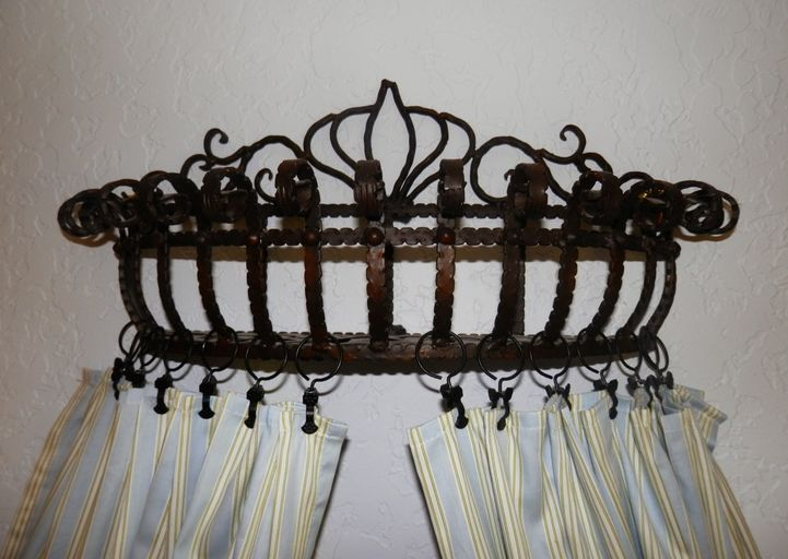 Bed Crown & Curtain 03 - Pot rack turned into crown ...