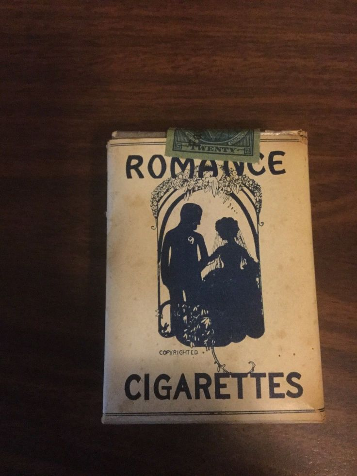 Vintage 1928 Romance unopened cigarette pack vintage