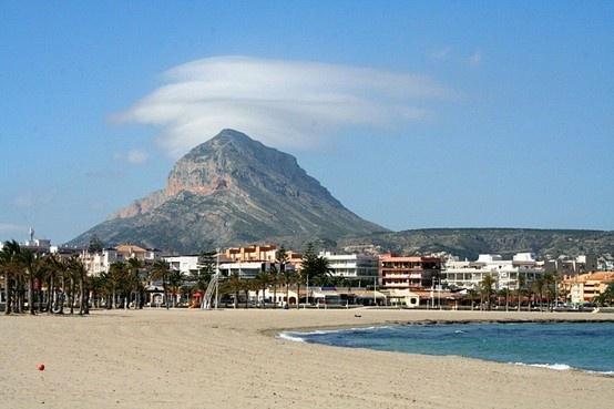 Arenal beach Javea #holidays #Javea #villa www.villaindenia.info