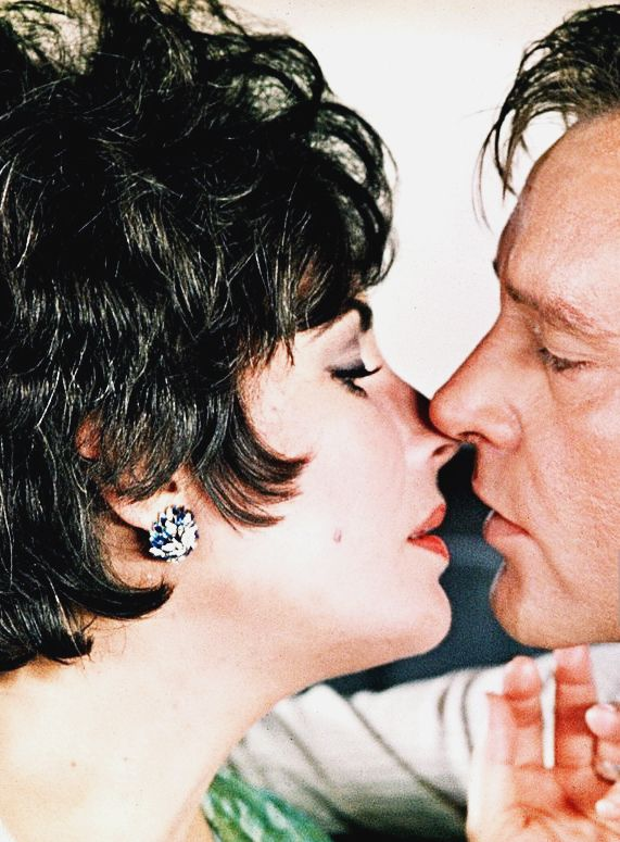 Elizabeth Taylor and Richard Burton in the film The Comedians, 1967. Via hollywoodlady.tumblr.com
