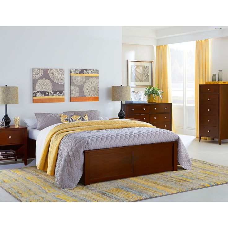 Hillsdale Pulse Cherry-finished Wood Queen Platform Bed, Brown