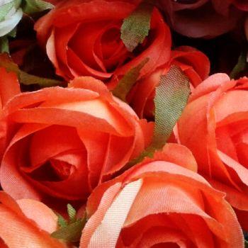 Narancs rózsabimbó szál