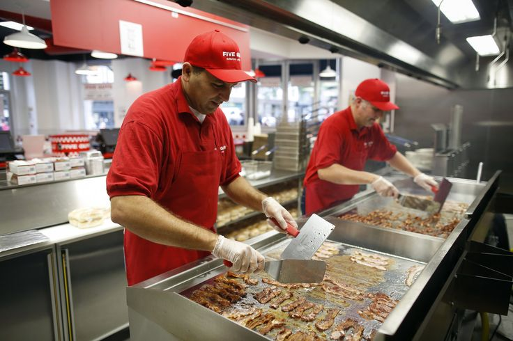 Why One Fast Food Restaurant Pays Its Workers A Living Wage