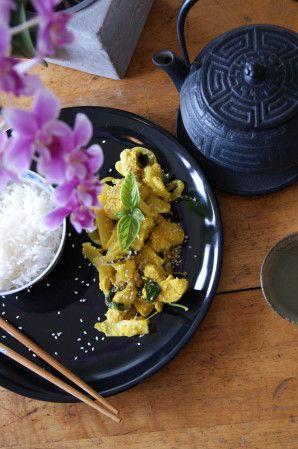 Ingrédients: 500 g d'émincé de poulet 140 g de pousses de bambou 1 bouquet de…