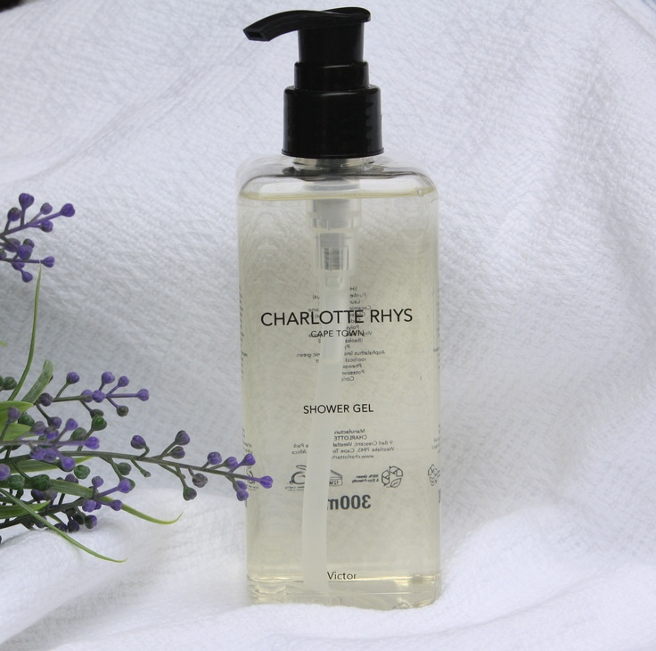 Bath and Shower Gel – 300ml.  A foaming bath and shower gel to gently and thoroughly cleanse your skin.
