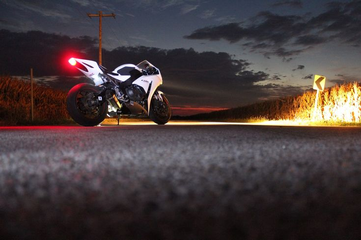 ideas about Honda Cbr Series on Pinterest  Sport bikes 1000×563 Cbr Wallpapers (37 Wallpapers) | Adorable Wallpapers