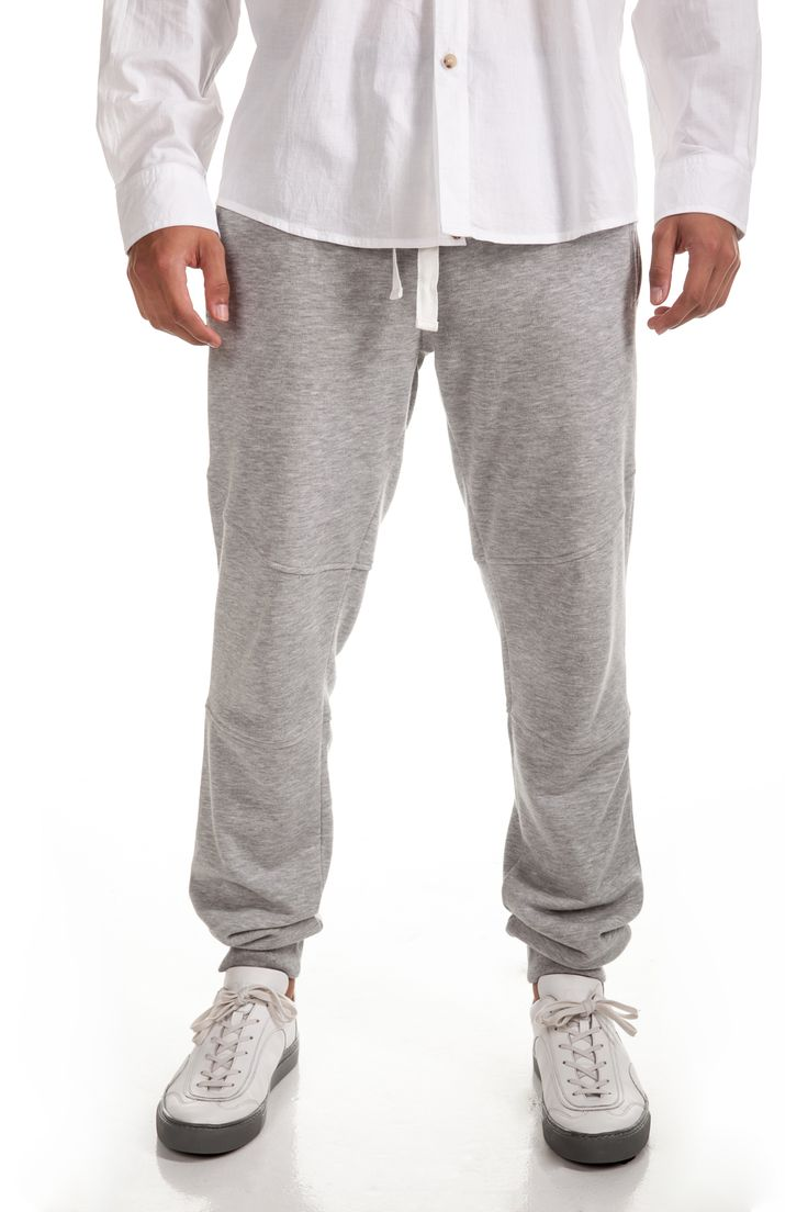 Andolf Joggers Rp. 349,000 Available in S, M, L and XL