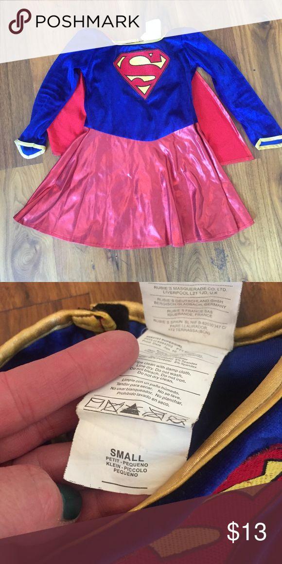 Little girls super woman costume Great condition! Worn twice Costumes Halloween