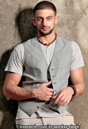 Arunoday Singh (born 17 February 1983) is an Indian film actor. His debut movie was Sikandar (2009). Arunoday Singh was seen in Sudhir Mishra's Yeh Saali Zindagi (2011), Pooja Bhatt's Jism 2 (2012) like : http://www.Unomatch.com/Arunoday-singh/