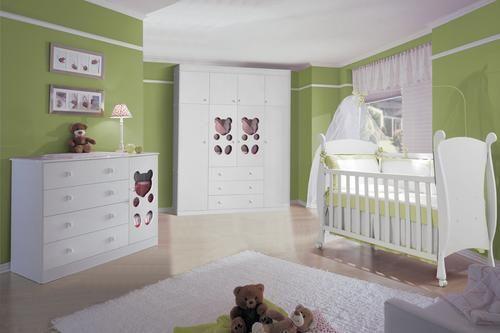 Leitor participou e pediu algumas ideias para o tema futebol e Flamengo para decorar o quarto do seu bebê. Que tal usar a cor verde!!!