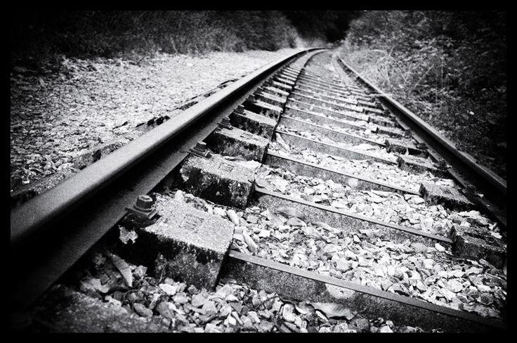 Spoor in Clecy, Suisse Normande / Railroad track at Clecy, Suisse Normande. Fuji X100