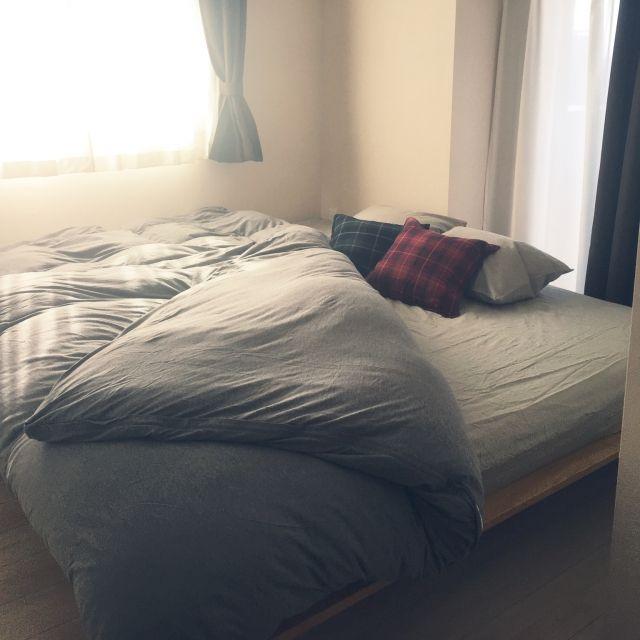 risako1107さんの、北欧,マンション暮らし,こどもと暮らす。,マンション,北欧インテリア,無印良品,ベッドルーム,無印良品 ベッド,木製ベッドフレーム・タモ材/ナチュラル,スモールサイズとダブルサイズ,グレー好き♡,Bedroom,のお部屋写真