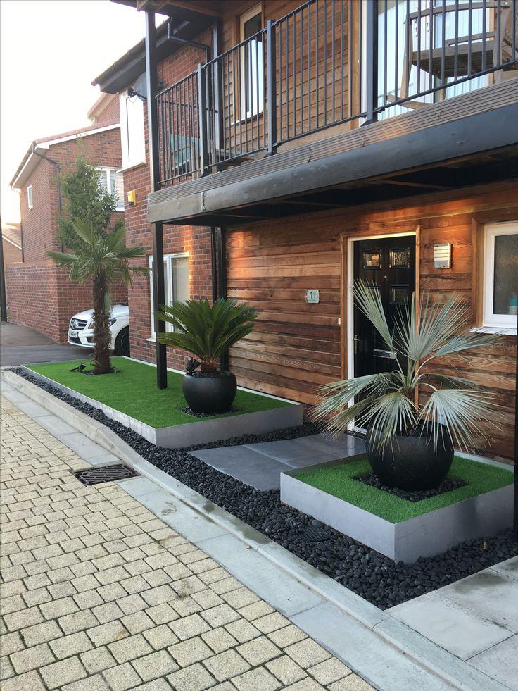 Front Garden Artificial grass with aluminium edging and ...