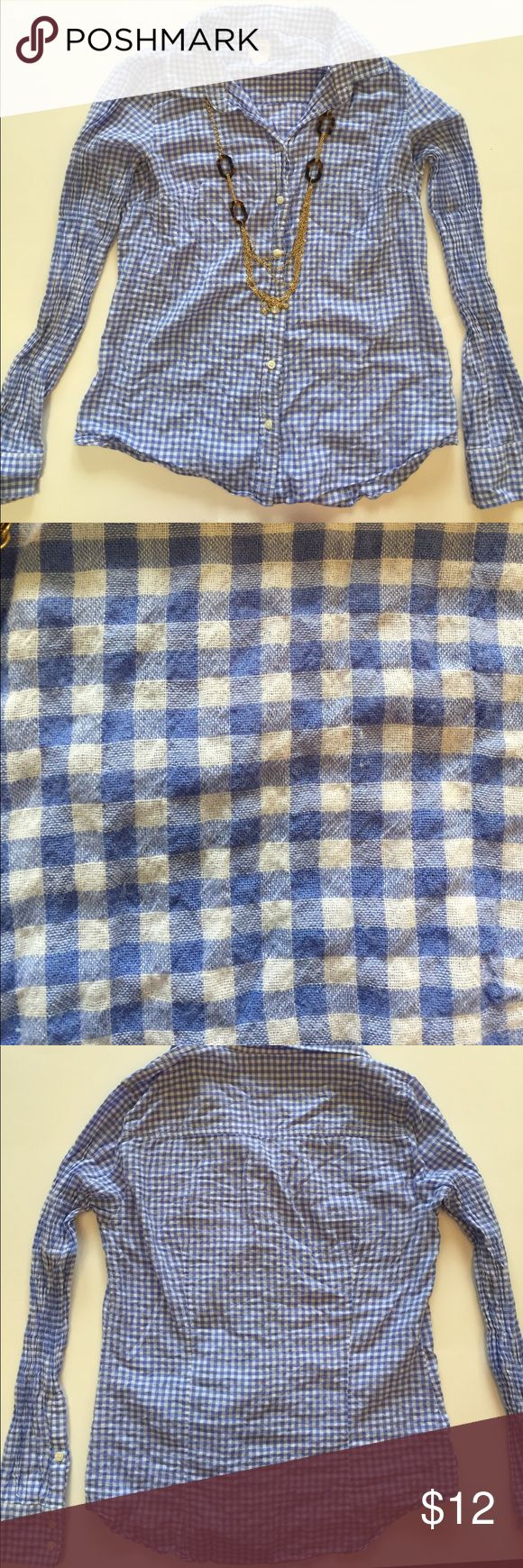 J. Crew Blue Gingham Button Up Blue gingham button up from J. Crew. Size small and made from cotton/ spandex. Would look great with a pair of white shorts! J. Crew Tops Button Down Shirts