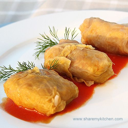 Zelevi Sarmi - cabbage leaves stuffed with minced meat & rice | The world of food and cooking
