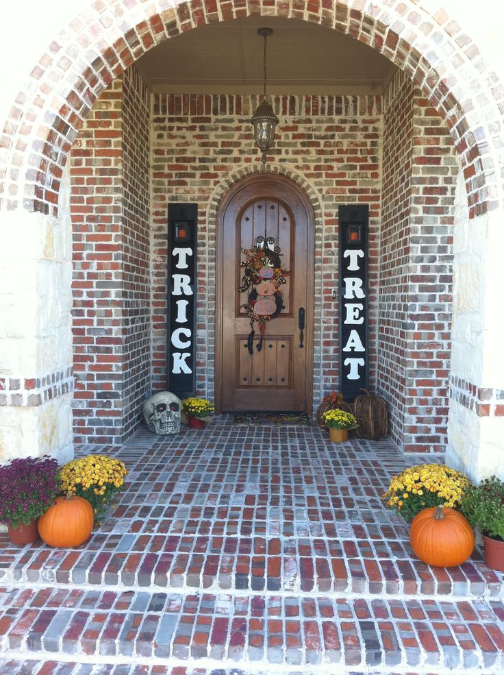 Halloween Front Door porch | Around the House | Pinterest