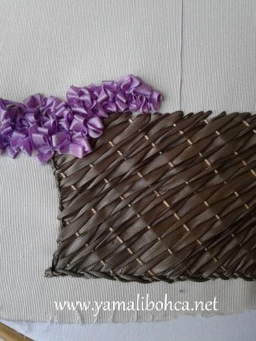 Bordado com fitas: Cesto Bordado, A3 Ribbonwork, Ribbons Flowing, Baskets Tut, Ribbons Embroidery, Embroidery Ems, Baskets Process, Bordados Ems, Bordados Con