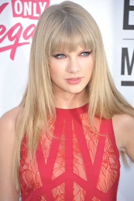 Taylor Swift rocks super sleek strands; a great way to avoid fussy up-dos.