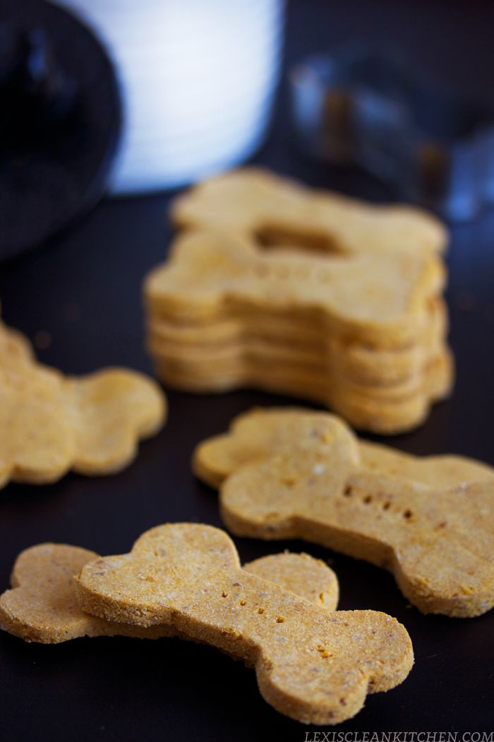 5 Ingredient Grain-Free Dog Treats          1 1/2 cup coconut flour     1/2 cup peanut butter or nut butter of choice, no added ingredients     4 organic eggs     1/2 cup coconut oil     1 cup + 2 tbsp sweet potato puree or pumpkin puree**  Optional add-ins      1/3 cup shredded carrots     2 tsp dried parsley