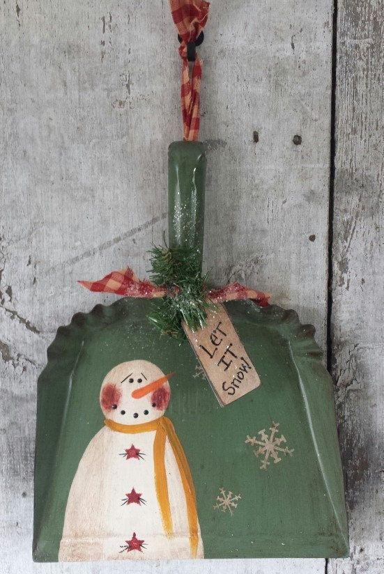 Primitive Snowman on Vintage Dust Pan,Primitive Snowmen,Metal Snowman,Painted Snowman,Rustic Snowman,Country Snowman,Dust Pan