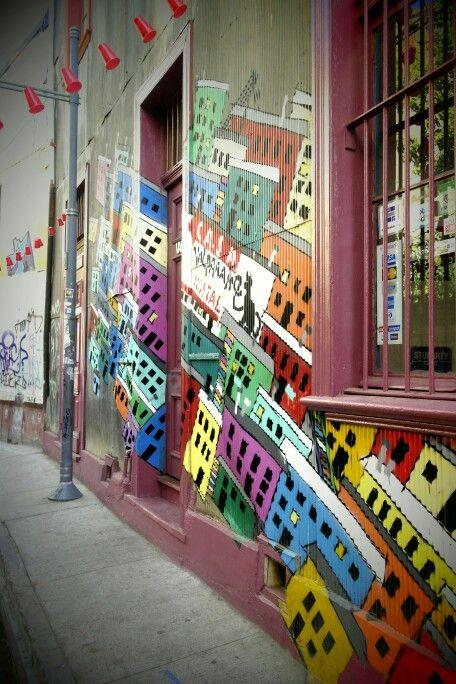 Color. Street art. Valparaiso