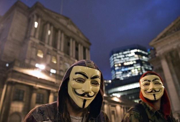 #Anonymous Is Targeting Islamist Sites Over #CharlieHebdo Attacks! http://bzfd.it/1FKbVJE  #JeSuisCharlie