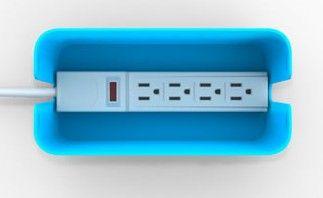 Plus le temps passe et plus nous avons d'objets électriques nécessitant de la puissance et donc un raccordement électrique. Alors la solution est de mettre une belle multiprise mais avouez qu'esthétiquement cela n'est pas terrible. CableBox, de Bluelounge, est une belle boite colorée qui permet d'accueillir une multiprise ainsi que les chargeurs des différents appareils, lire la suite