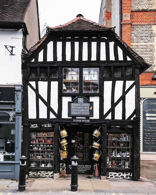 Tudor House Antiques And Collectables Henley On Thames Realrobbentley What A Wonderful Shop To Explore What S In 2020 Tudor House Henley On Thames Antique Collection