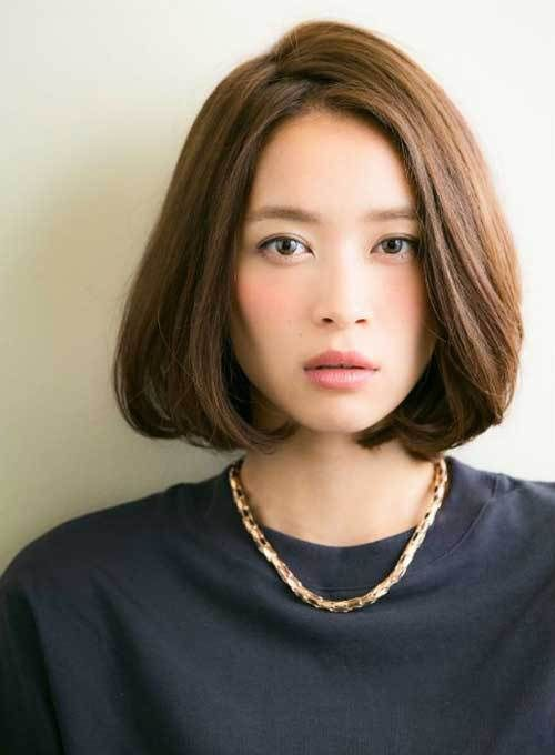 15 Inspiring Short Haircuts for Round Faces: #10. Asian Bob Cut