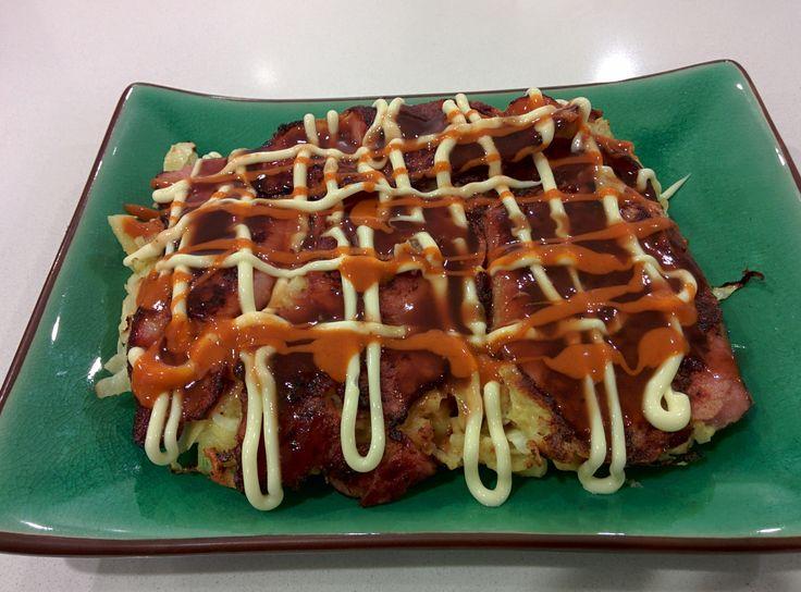 delicious and versatile okonomiyaki http://auberginearound.wordpress.com/2014/07/12/okonomiyaki/