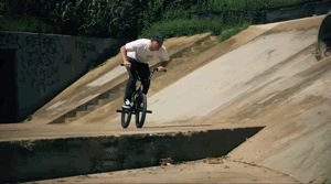 We love some new Sexton clips!  Via KINK BMX - Vans BMX