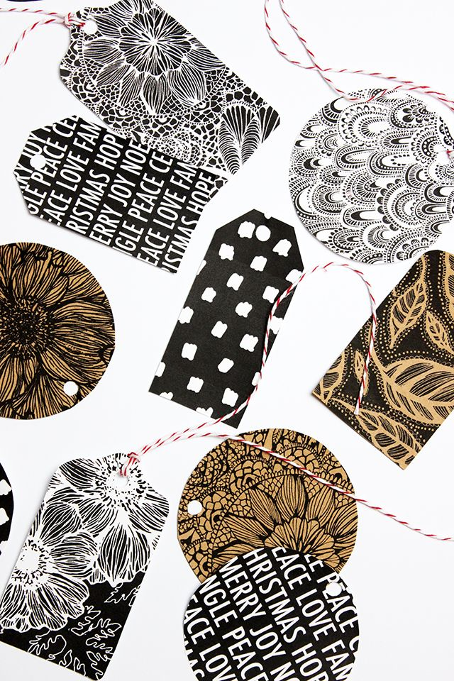 Need last minute tags for your wrapping? Ive got two pages of black and white gift tags that I...