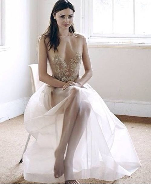 333 best alex perry images on pinterest alex perry australian fashion designers and bodycon dress. Black Bedroom Furniture Sets. Home Design Ideas