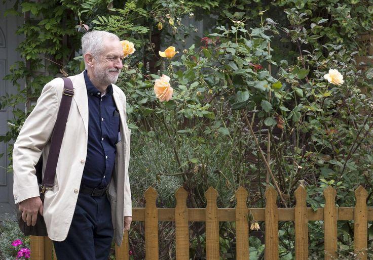 Jeremy Corbyn tells Westminster journalists: I've kept you in a job | UK Politics | News | The Independent
