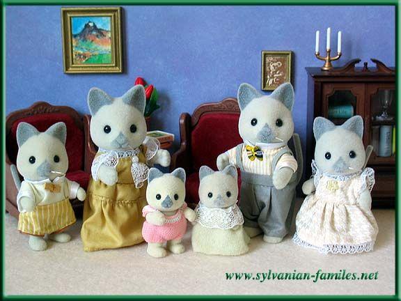 Les 391 meilleures images du tableau sylvanians families for Sylvanian chambre parents