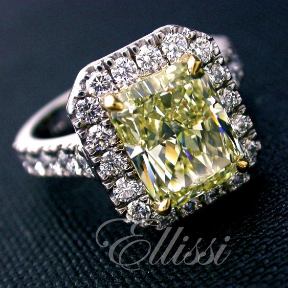 Some people don't like yellow diamonds. I can't think why, when you see how good they can be! They are like a little bit of the sun fallen to the earth.  Would you have a yellow diamond if it fell into your hand and landed on you finger? #engagement #wedding #jewellery #ellissijewellery