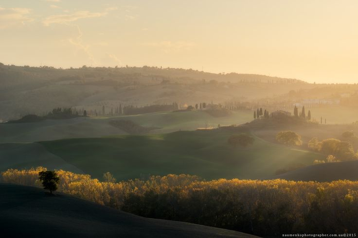Фотограф Александр Науменко (Aleksandr Naumenko) - Италия. Тоскана. Осенний вечер в долине Val d'Orcia #1585481. 35PHOTO