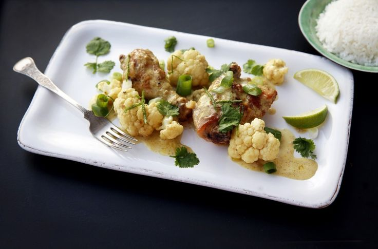 Enkel å lage – særlig hvis du bruker grønn karripasta på boks. En rett du kan lage ulike variasjoner rundt – med ulike krydder og grønnsaker.