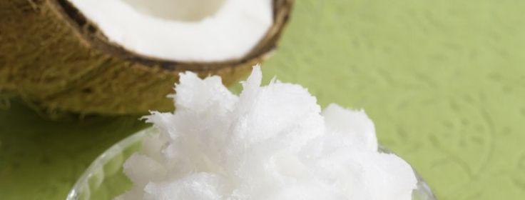 Vackert hår med kokosolja! Kokosolja är inte bara gott och nyttigt på insidan - det är också toppen för hår och hud. Här ett tips för ditt hemmaspa!  #kokosolja #torrthår #torrhårbotten #hårinpackning #näringförlivskraft #livskraft2016