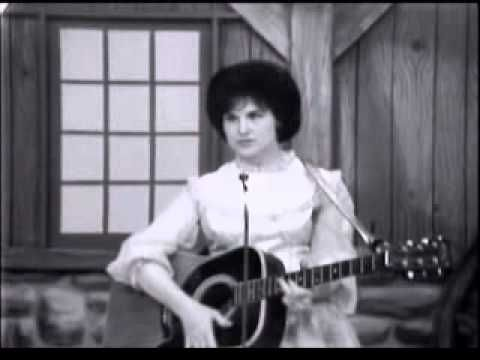 Porter Wagoner Show - Guest, Johnny Wright & Kitty Wells (1963) - YouTube