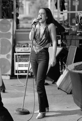 Grace Slick, JEFFERSON    funny,, i wore this same  outfit  in 70's  with Spiral Starecase         AIRPLANE/JEFFERSON STARSHIP