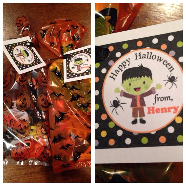 Halloween treat bags for classmates. Tags by paperkingdom on Etsy.