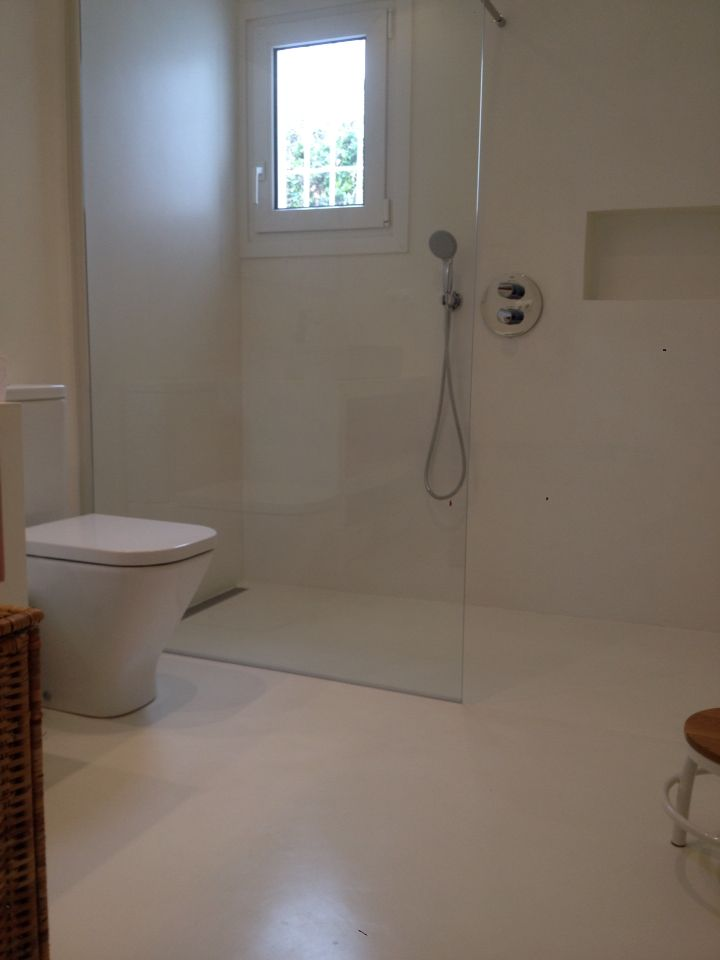 Baño microcemento komcret blanco roto  Baño blanco roto ...