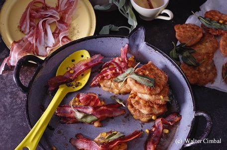 Speck-Maisküchlein mit Salbei