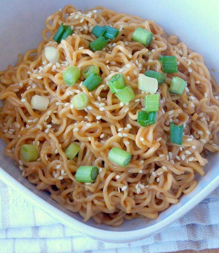 Sesame Peanut Butter Noodles - delicious, easy way to get some meat-free protein into the kids. (Or at chicken if you're inclined.) Yum! | The Wholesome Dish