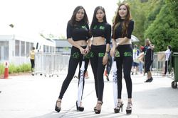 Hot grid girls