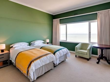 Self Catering Accommodation, Kalk Bay, Cape Town   Twins