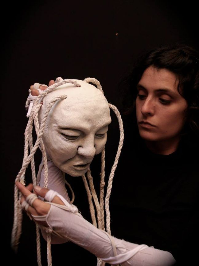 The Workshop of Natacha Belova is a Belgium based puppeteer workshop and class taught by Natache Belova, who often uses Worbla to create haunting and beautiful puppets, sculptures, and installation…